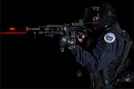 """Imagem da notícia: Relógios """"de guerra"""""""