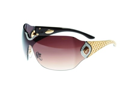 Imagem da notícia: Pedras preciosas definem óculos Chopard