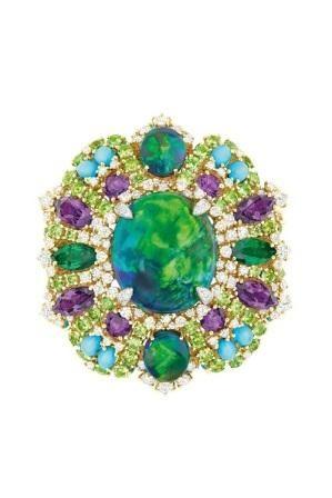 Imagem da notícia: Christian Dior lança nova coleção