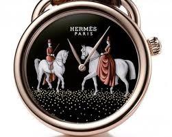 Imagem da notícia: Hermès lança Arceau Pocket Amazones