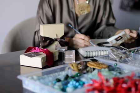 Imagem da notícia: Gestora de empresas cria marca de joias