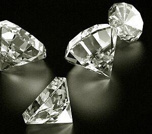 Imagem da notícia: Polícia belga recupera diamantes roubados