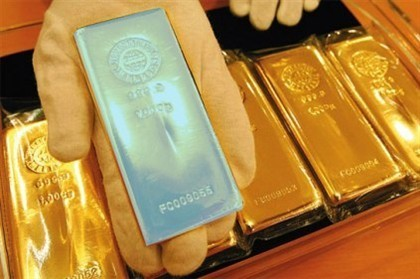 Imagem da notícia: Universidade do Minho desenvolve ouro colorido