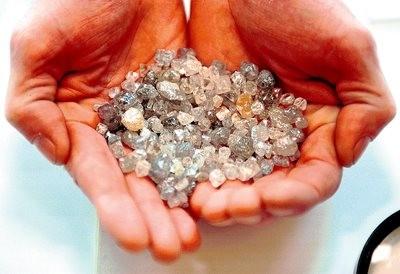 Imagem da notícia: Diamantes rendem milhões ao estado angolano
