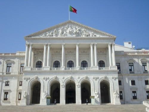 Imagem da notícia: Aprovado novo Regime Jurídico da Ourivesaria e das Contrastarias?