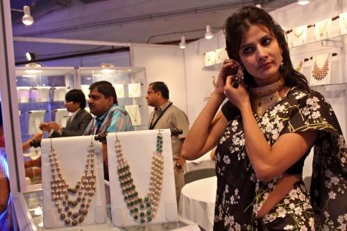 Imagem da notícia: Índia promove evento de joalharia internacional