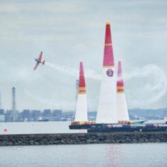 Imagem da notícia: Hamilton: cronometrista oficial do Red Bull Air Race