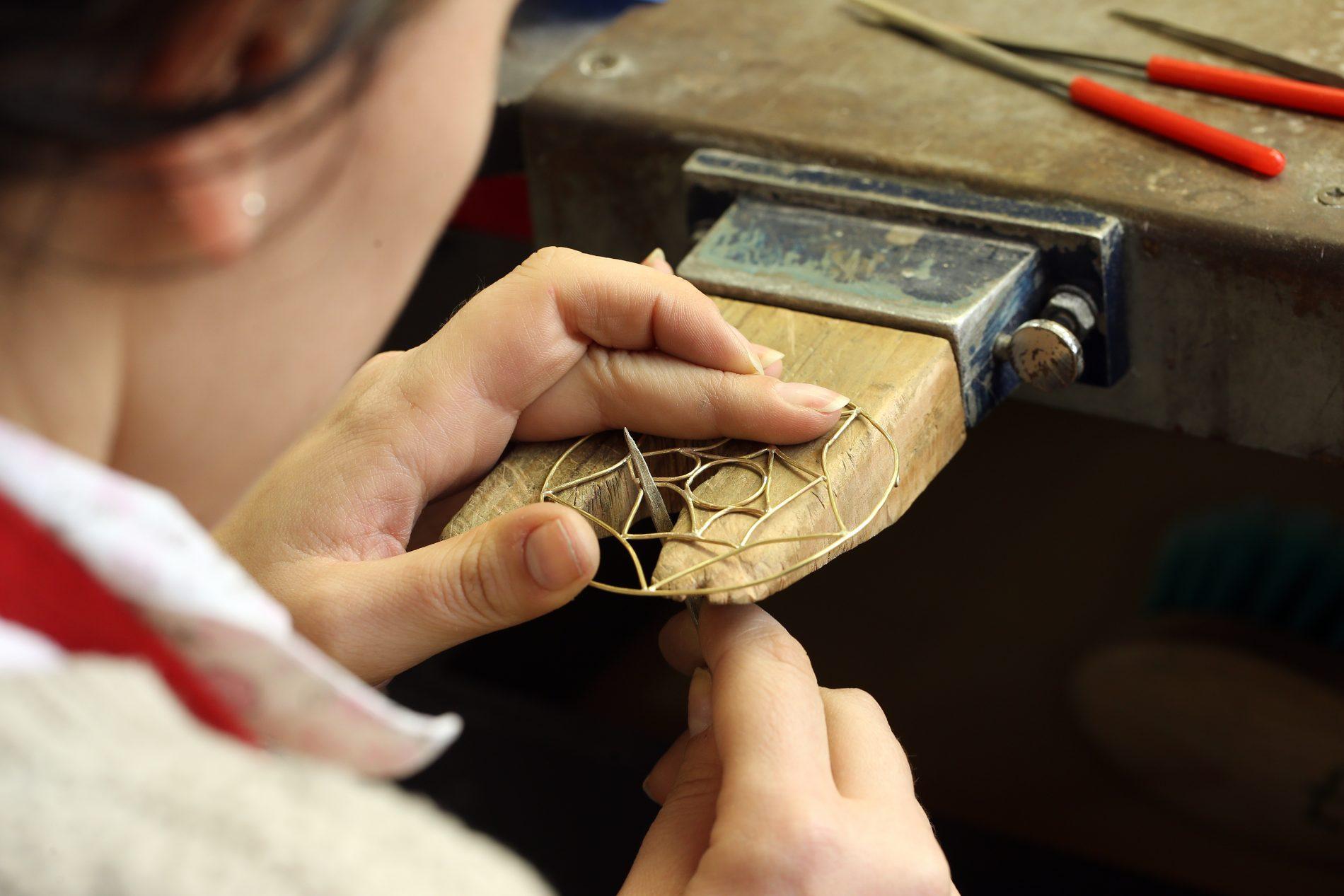 Imagem da notícia: Condições de trabalho em joalharia, ourivesaria e relojoaria
