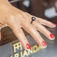 Imagem da notícia: Anéis que celebram o divórcio