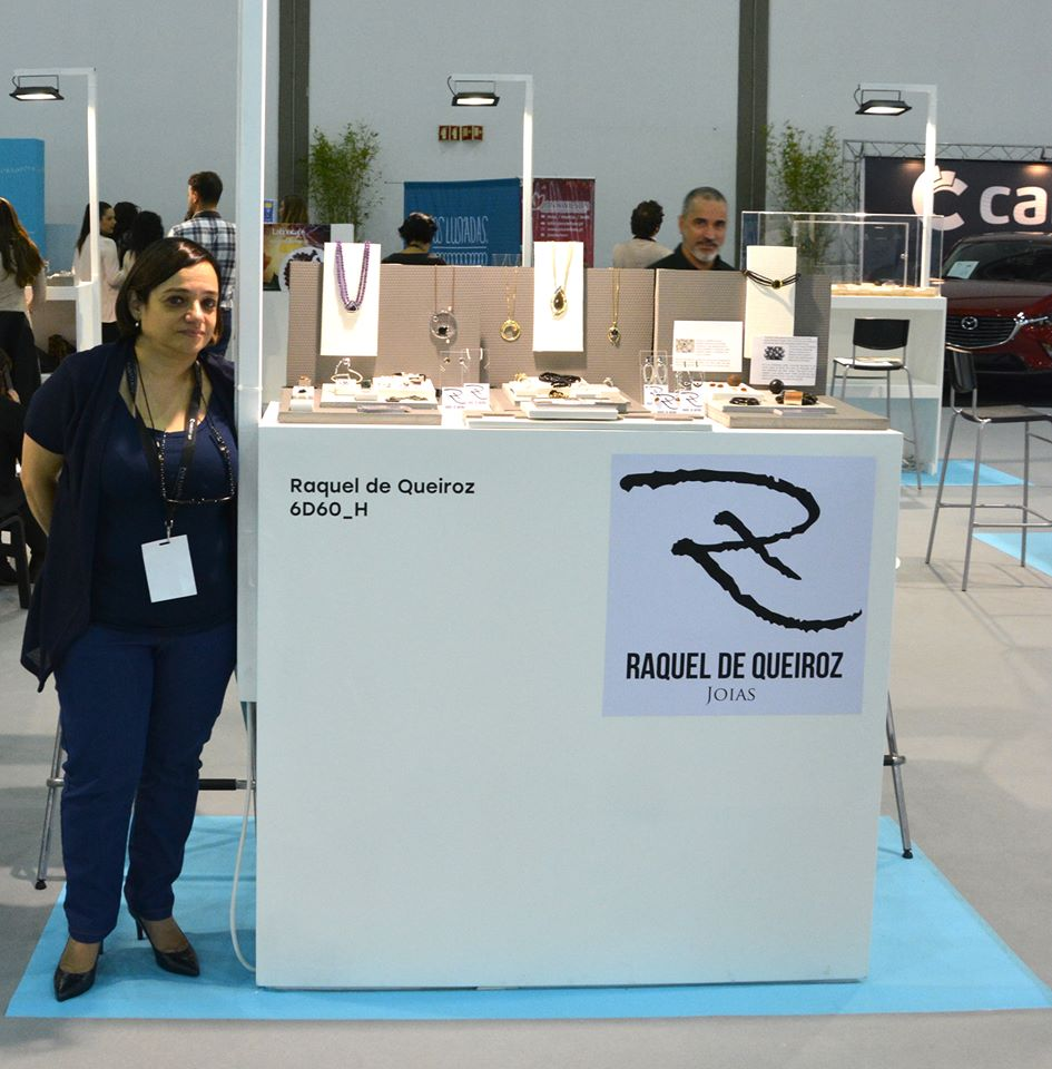 Imagem da notícia: Raquel de Queiroz Joias na PortoJóia