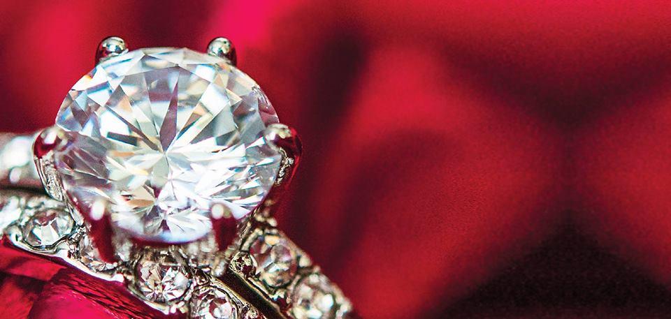 """Imagem da notícia: """"Diamantes com Champanhe e Chocolate"""""""