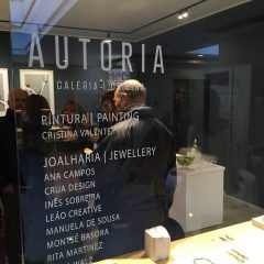 """Imagem da notícia: """"Eloquência do papel, joias"""" on display in Porto"""