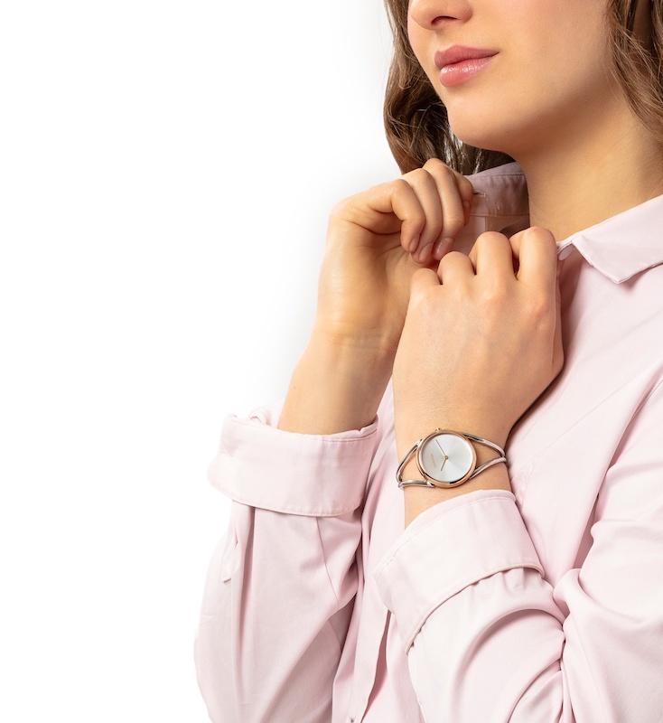 Imagem da notícia: Calvin Klein apresenta relógios para público feminino
