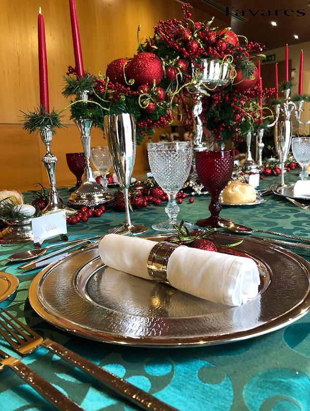 "Imagem da notícia: Tavares surpreende com a mesa de Natal ""Art à Table"""