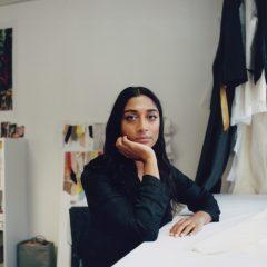 Imagem da notícia: Swatch e Supriya Lele marcam parceria com coleção de relógios